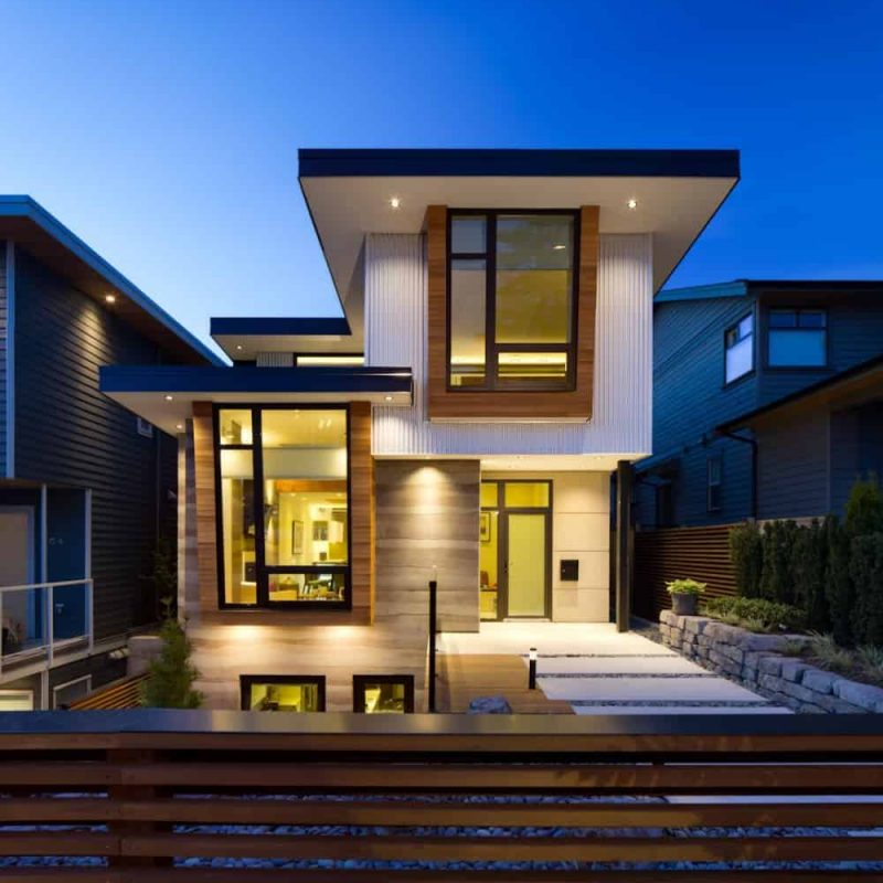 nice-high-end-modern-glass-house-exterior-designs-that-can-be-decor-with-white-modern